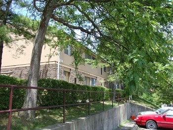 Linden Grove Apartments | East Pittsburgh | Aishel Real Estate