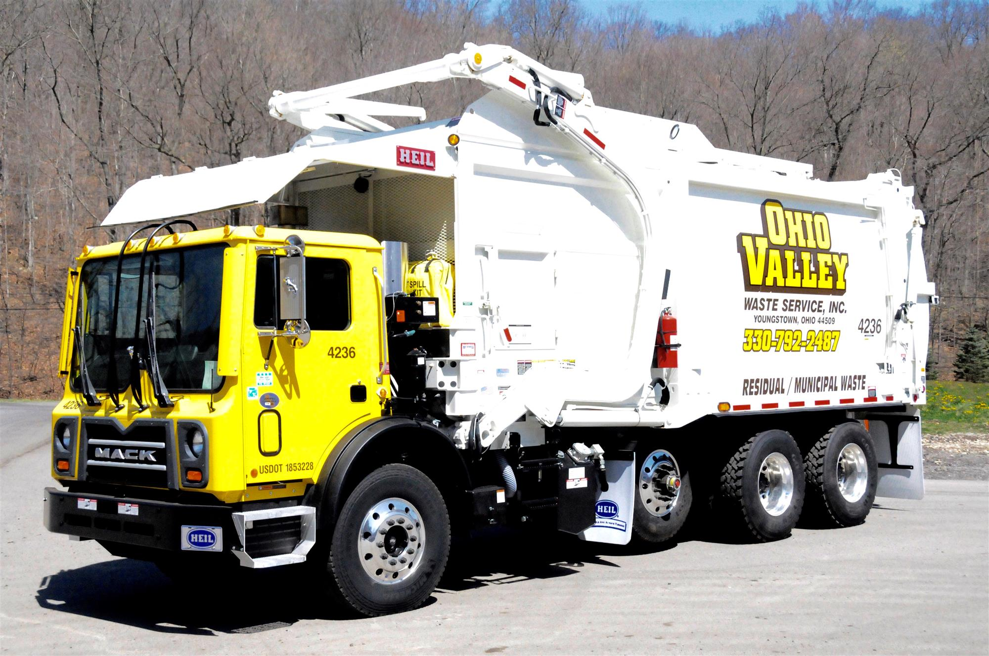 Garbage truck - Wikipedia
