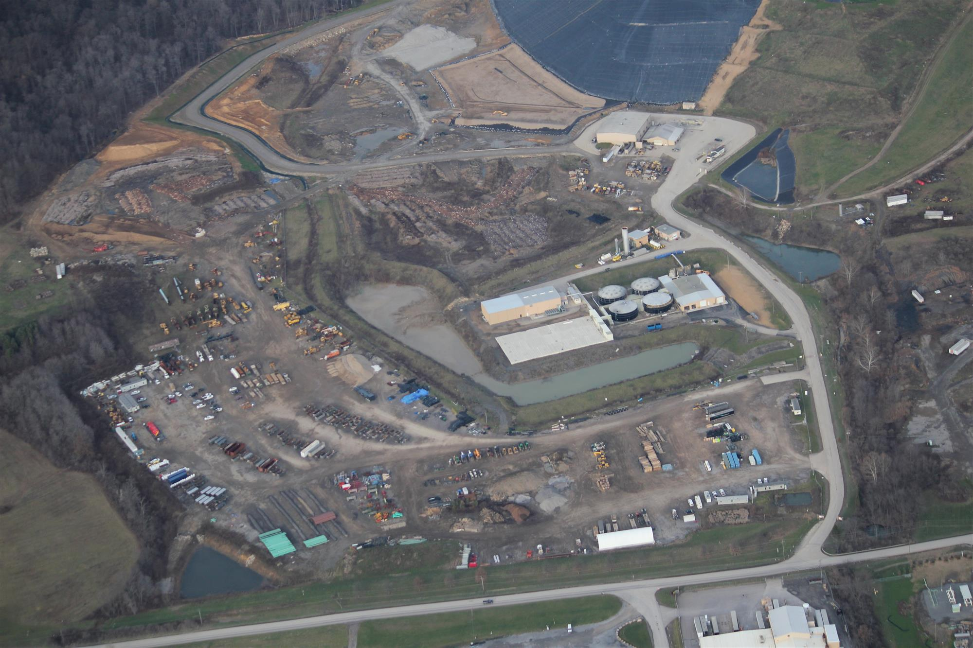 Seneca landfill powers western pa for Home builders western pa