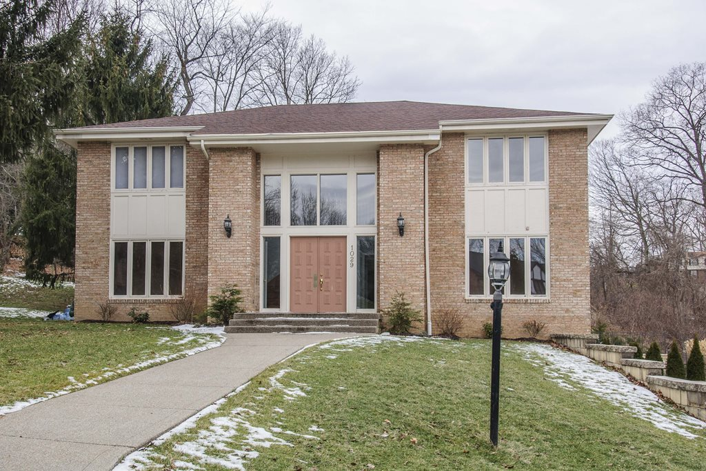 Upper St. Clair - Sold $563,000