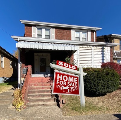 643 WADDELL AVE CLAIRTON, PA 15025