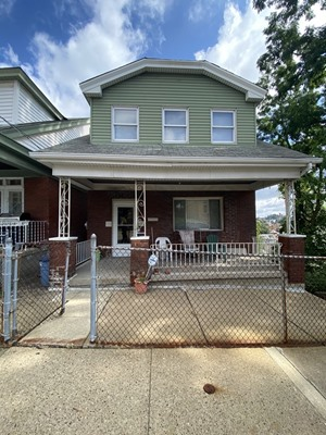 211 Quincy Ave, Pittsburgh, PA 15210