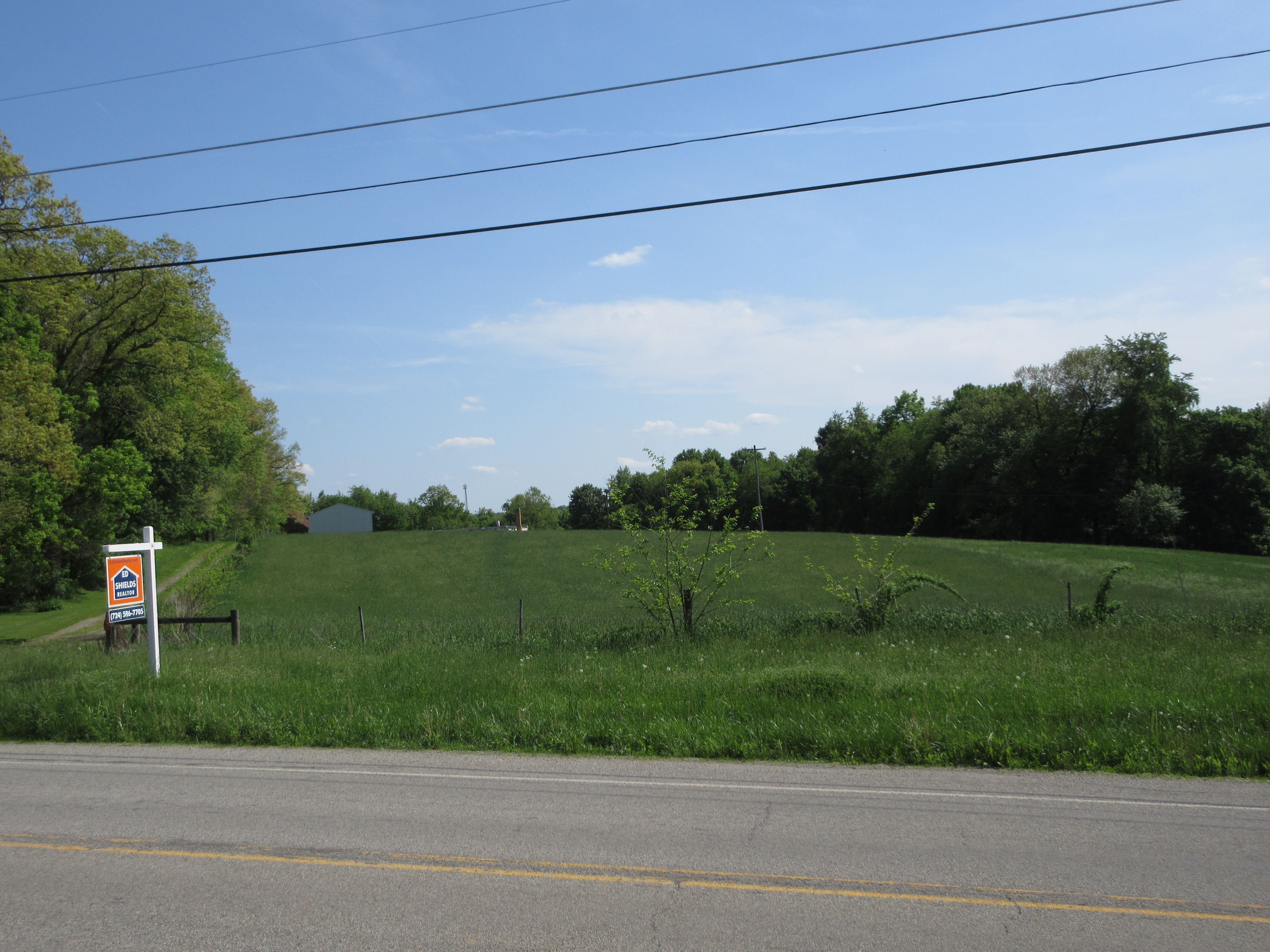 26.7 acres with 3 buildings in Jefferson Twp! - MAJOR Price reduction from $499,000 to $399,000 on 8/8/2018!!!    IDEAL de...