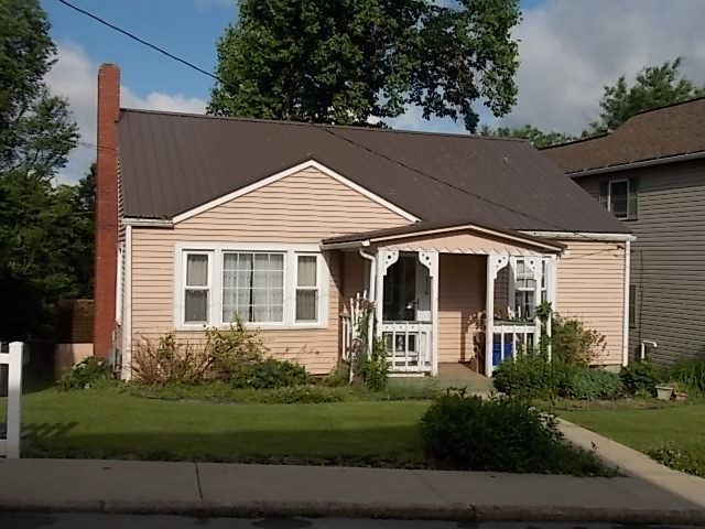 New Listing! 126 Garfield Ave - New Listing!     126 Garfield Ave, Butler  2 bedroom, 1 bath ranch home that features beau...