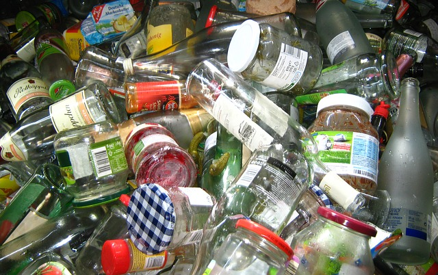 glass and plastic containers for recycling